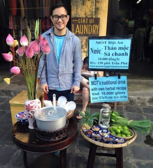 Huu Xuan Nguyen and his Mot tea shop