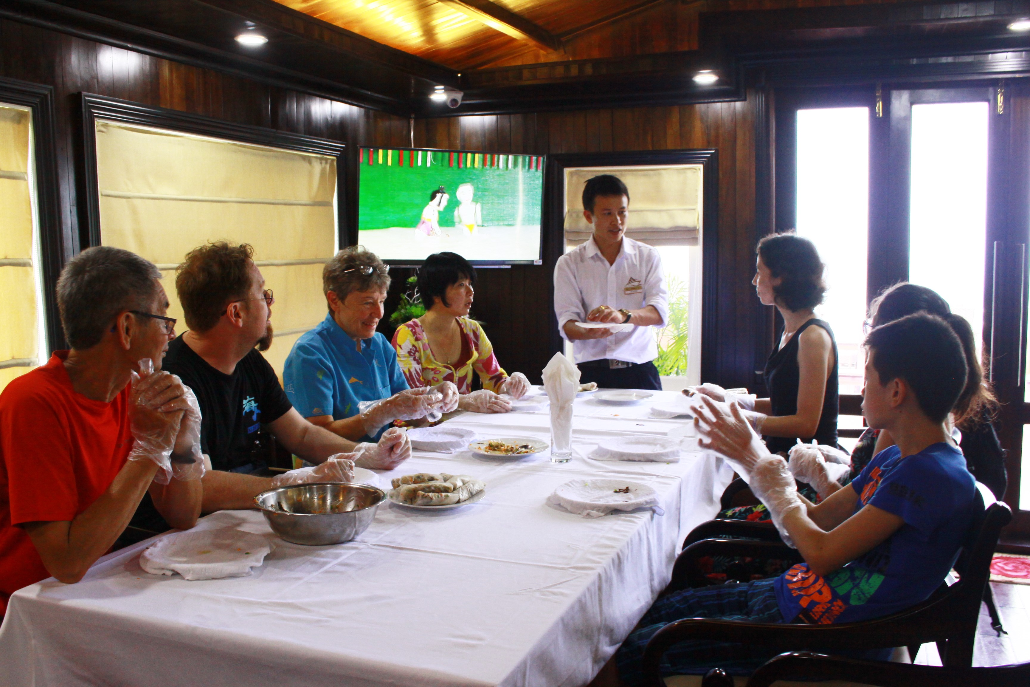 Cooking class in Halong Bay