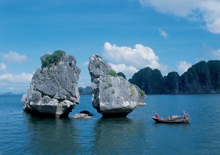 Trong Mai Islet – must-stop destination in Halong Bay