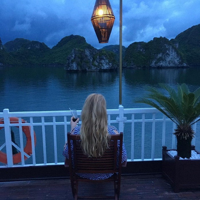 Top 3 Tips To Choose Your Best Halong Bay Overnight Cruise