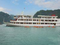 Royal Wing Cruise in Halong BayRoyal Wing Cruise in Halong Bay