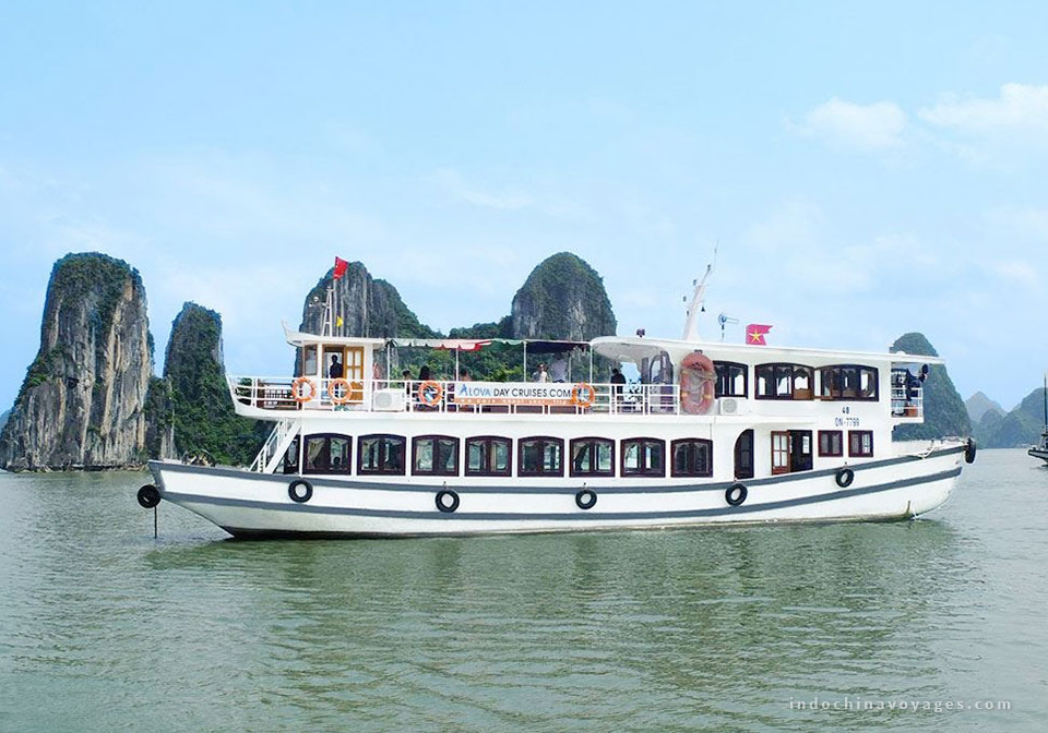 How to pick a Halong Bay Overnight cruise?