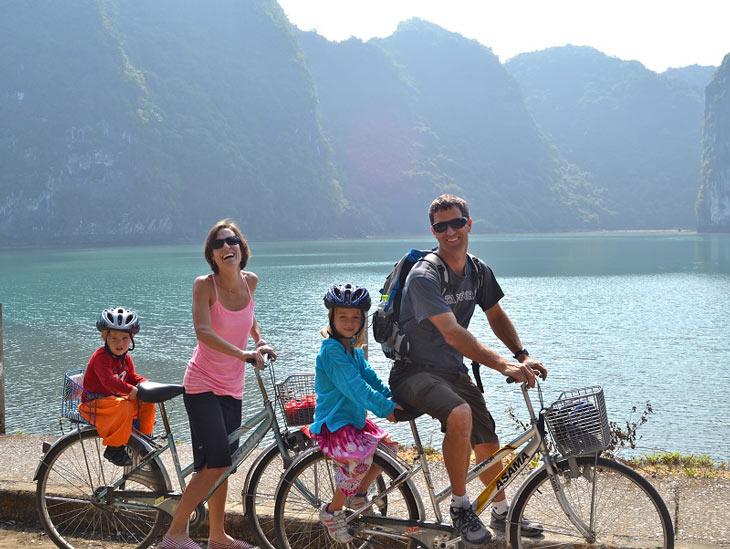 biking in Halong Bay