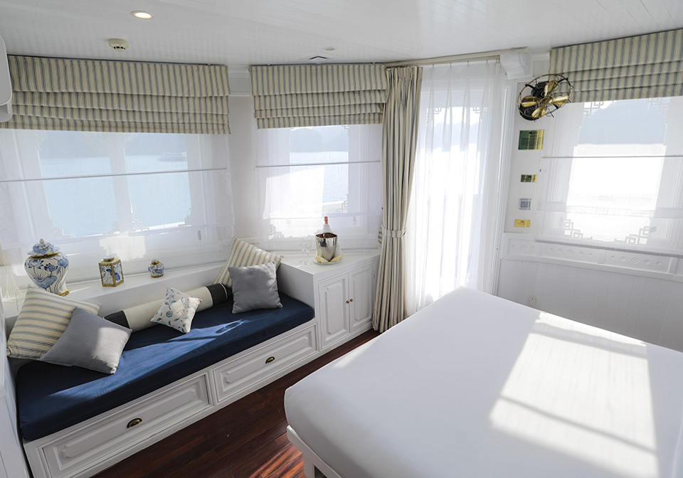 Au Co Cruise Suite 01