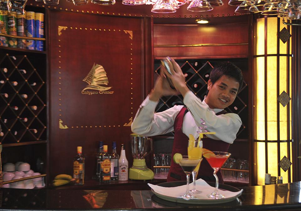 Calypso Cruise Bar
