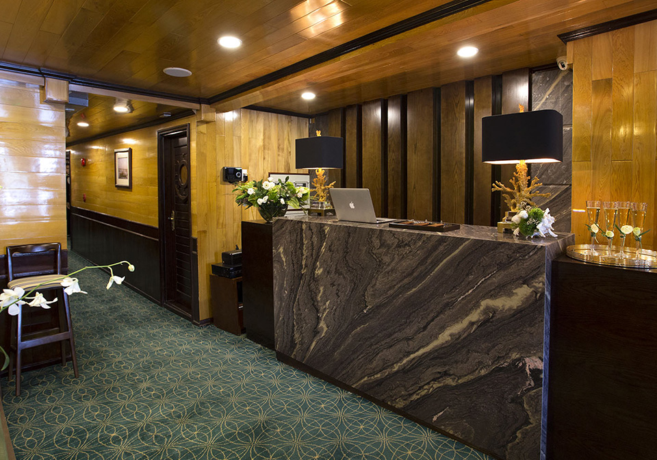 Hera Cruise Prive room