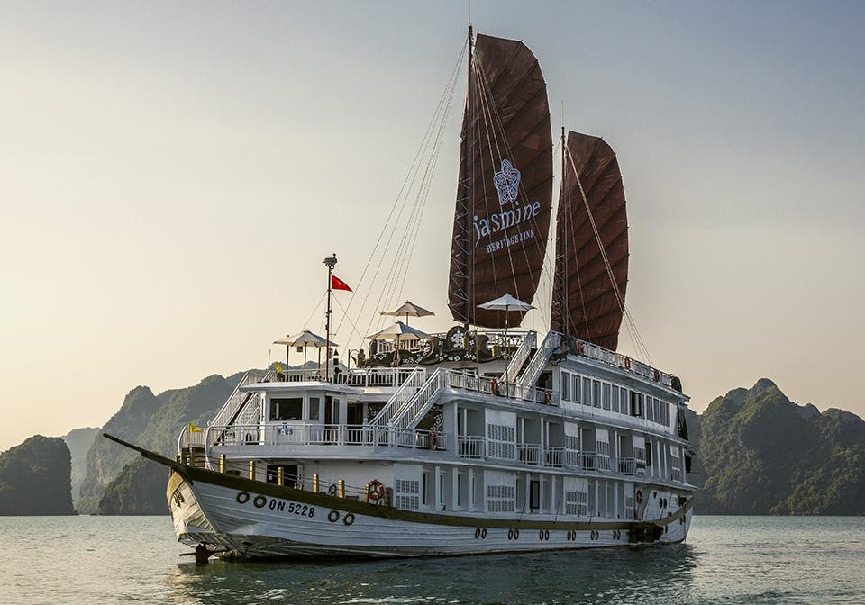 Heritage Line - HB Jasmine Ship