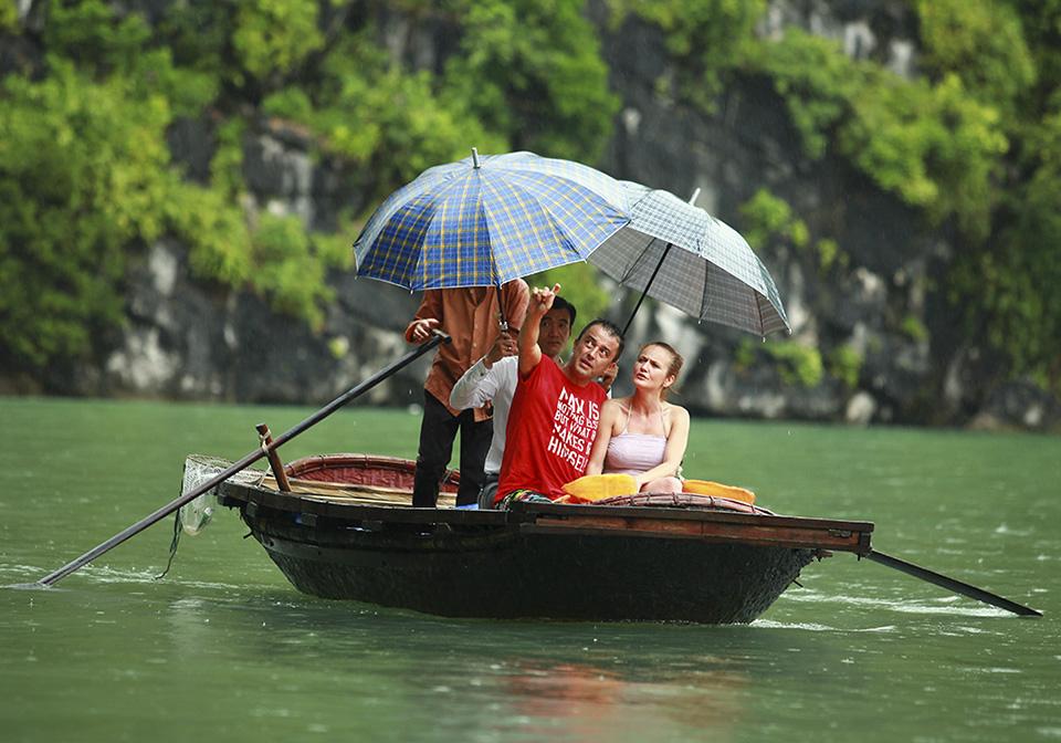 Mon Cheri Cruises bamboo-boat