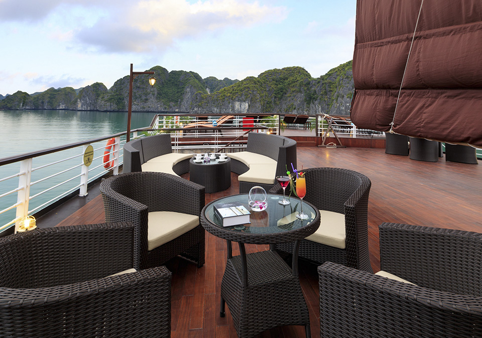 Orchid Cruise Sundeck