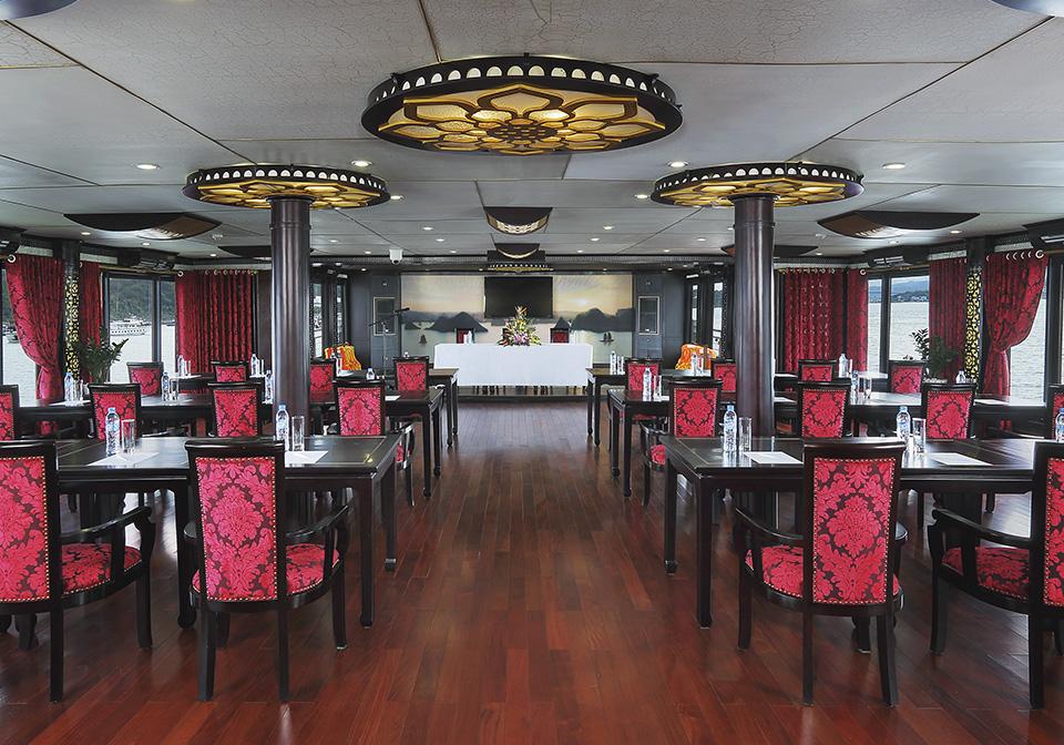 Starlight Cruise Restaurent