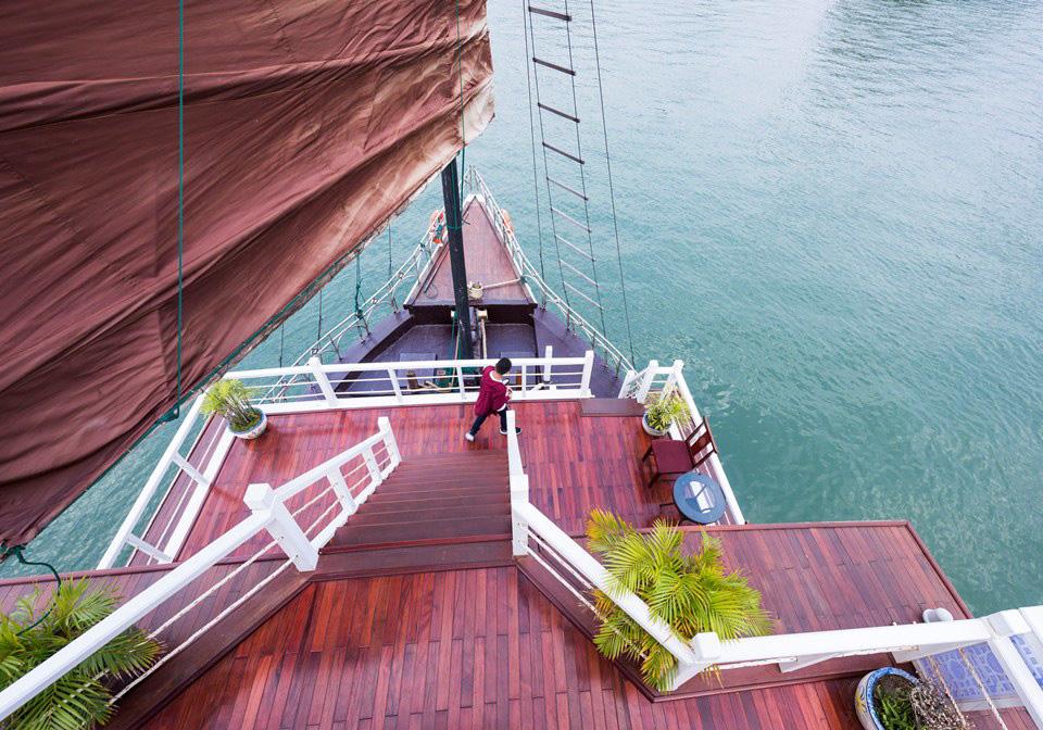 V_Spirit Classic Cruise Sundeck