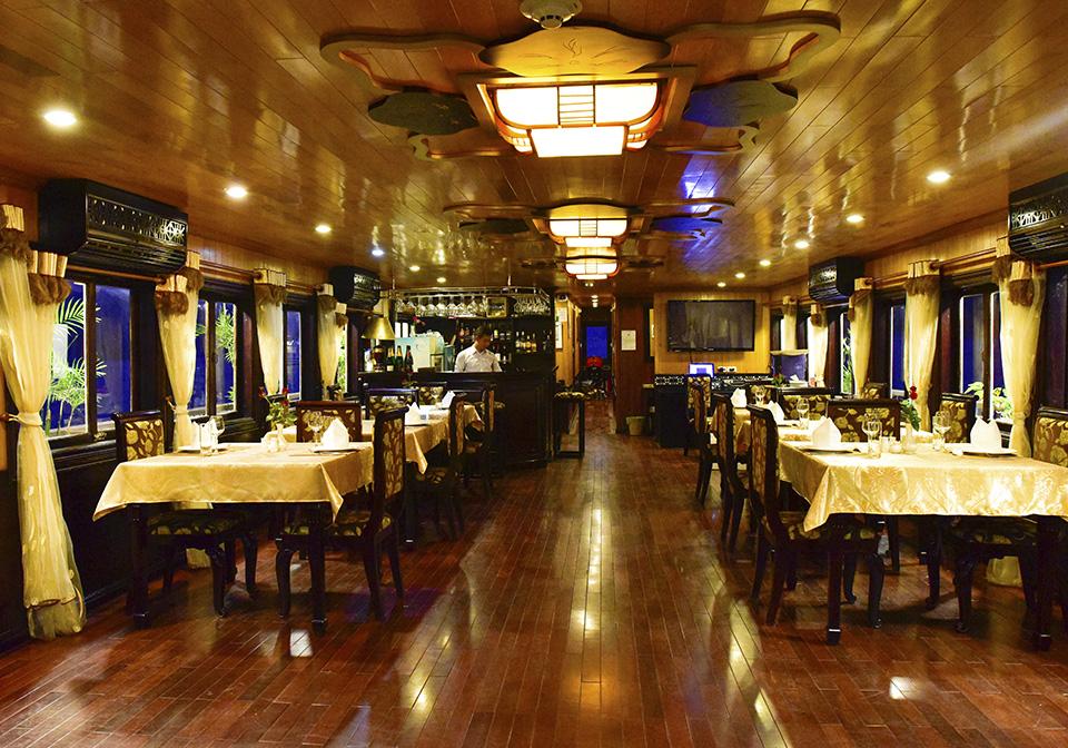 V_Spirit Cruise Restaurant