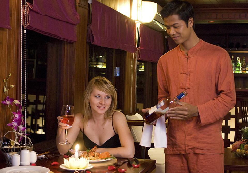 Valentine Premium dining