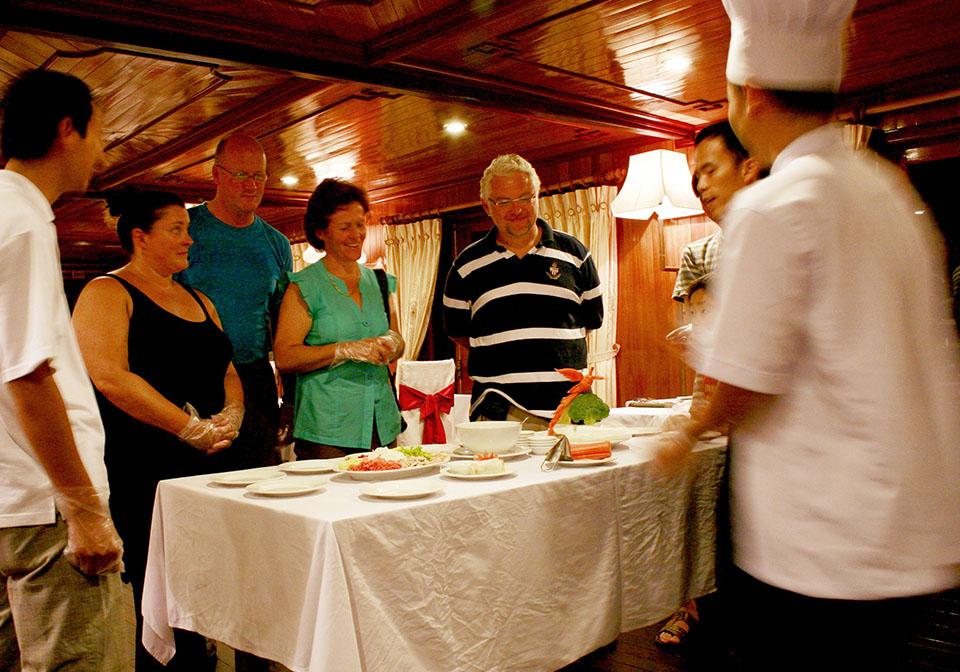 Aclass cruises Activity