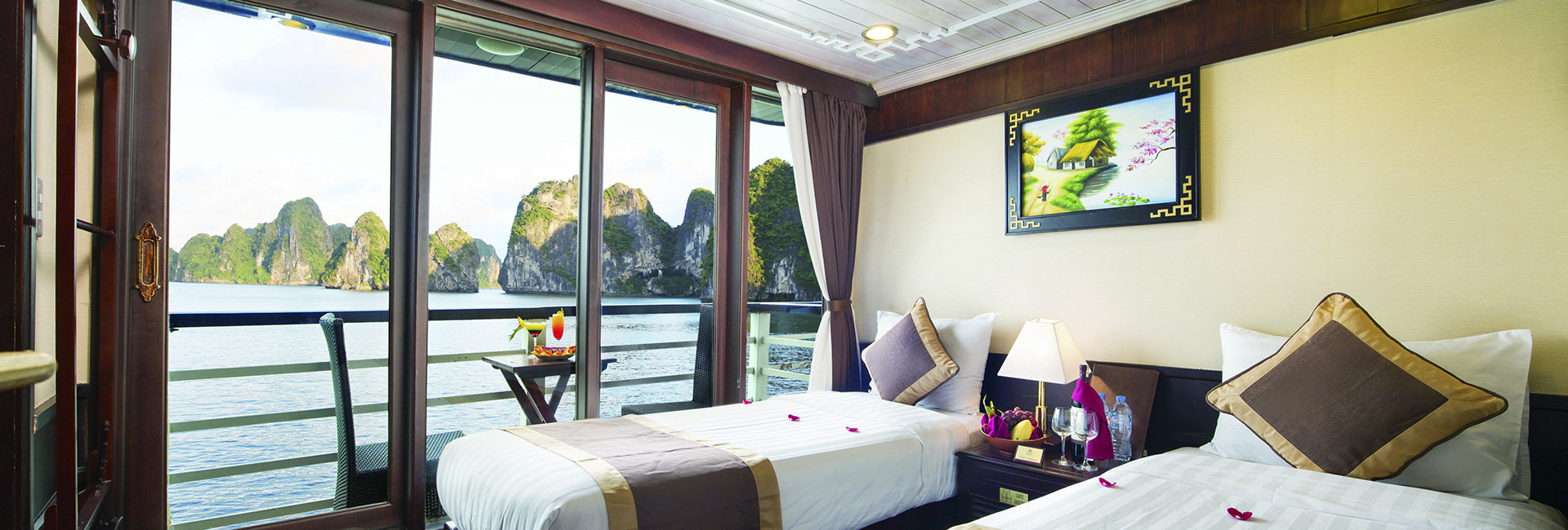 Apricot Cruise Halong Bay banner