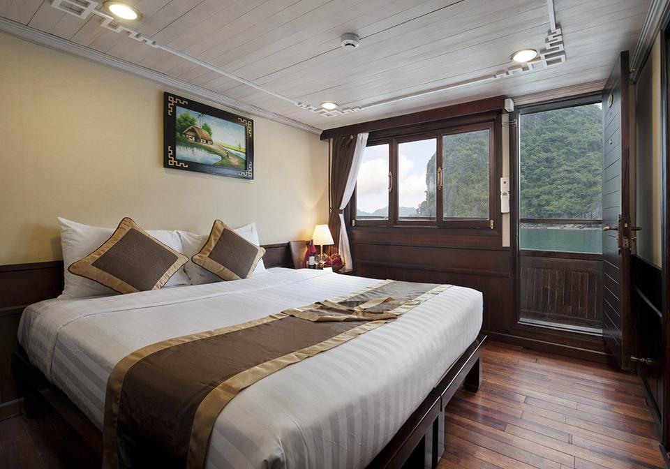 Apricot Premium Cruise Halong Bay cabin