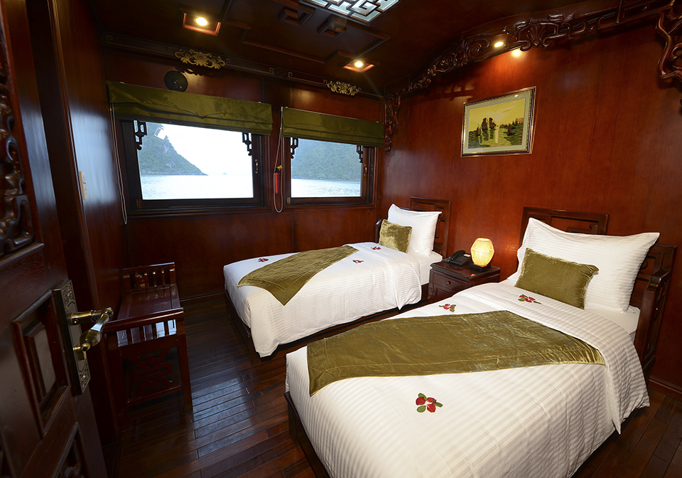 Halong Royal Palace Cruise Twin1