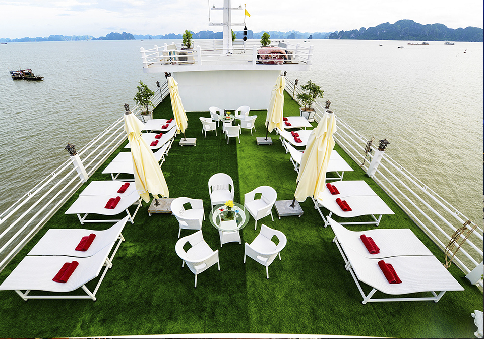 Halong Silver Sea Cruise Sundeck