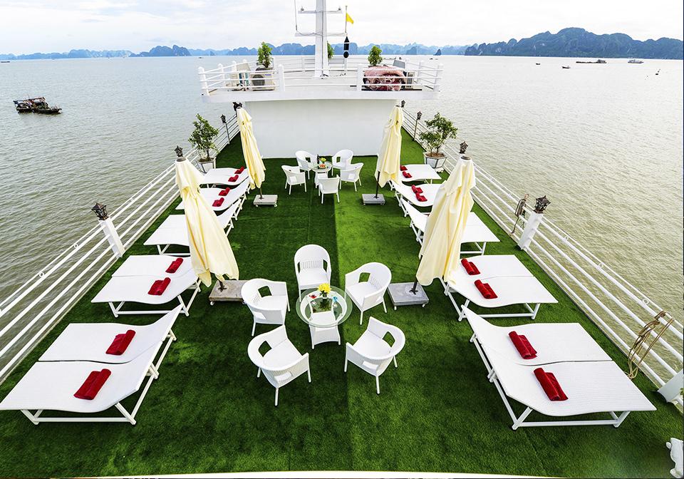 Halong Silver Sea Cruise Sundeck