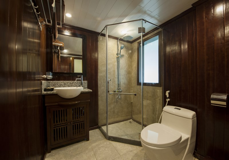 Phoenix cruiser Bathroom