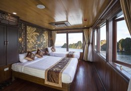 Renea Cruise Halong