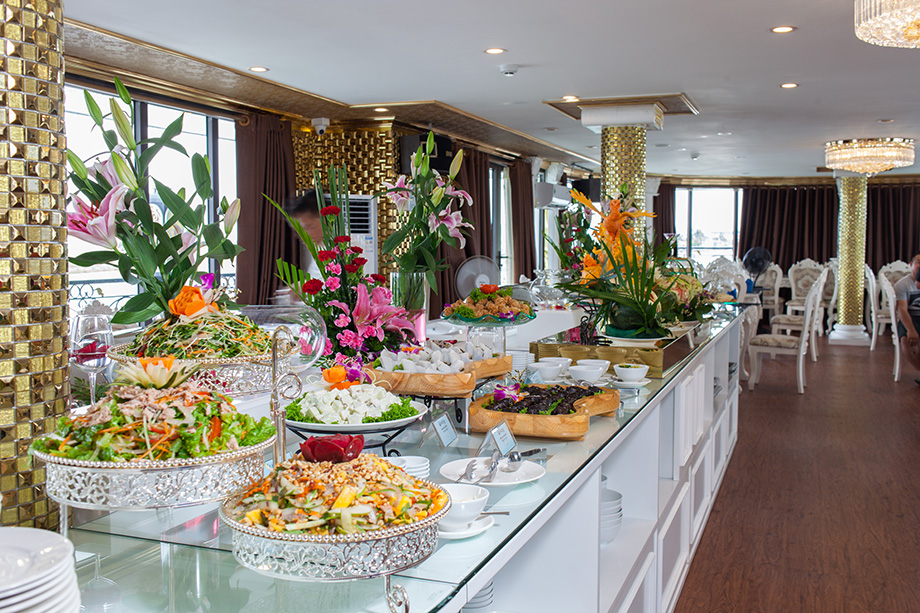 buffet-lunch-ancora-cruises-2
