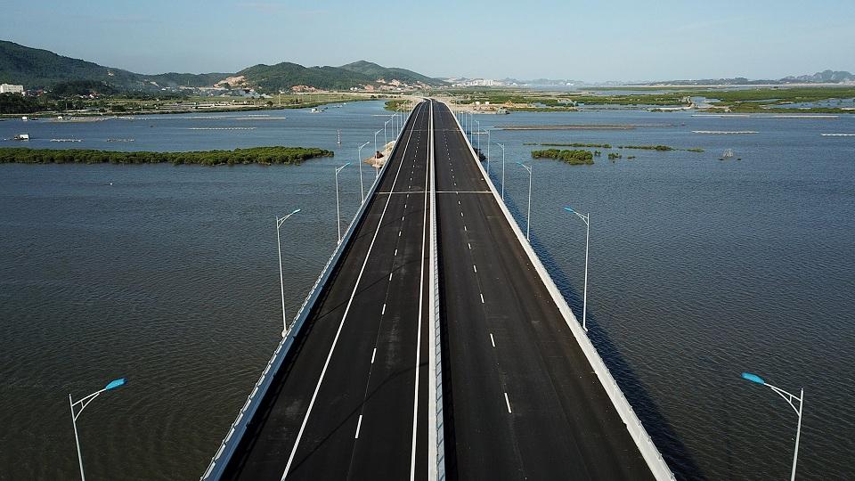 Hai Phong - Halong Bay highway