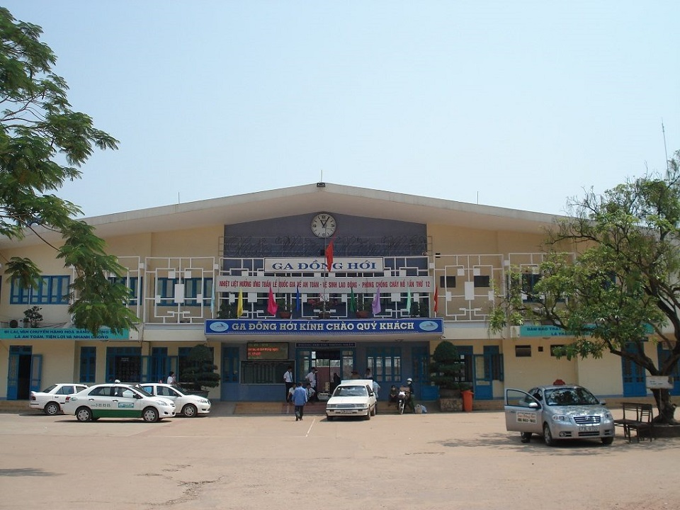 Dong Hoi train station
