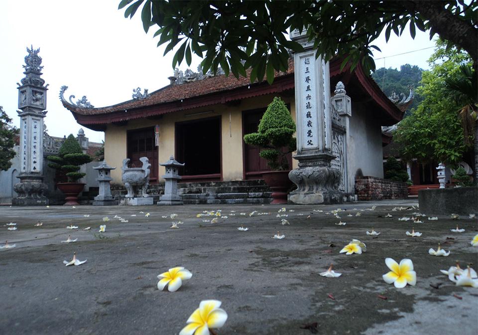 Canh Huong Pagoda